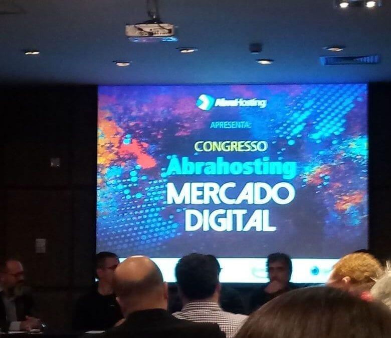 Franquia online participa de congresso sobre hosting