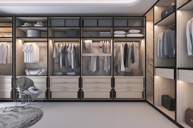 As vantagens de ter um closet aberto