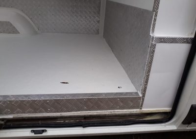 Isolamento Térmico Van e Furgão