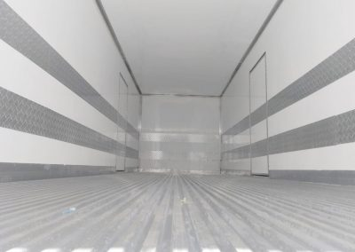 IT-Báu Refrigerado Volvo 5