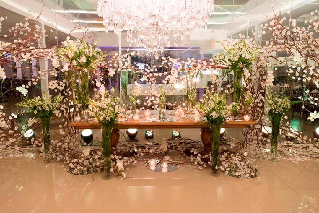 Decoração para eventos corporativos - Festejare Decorações e Flores