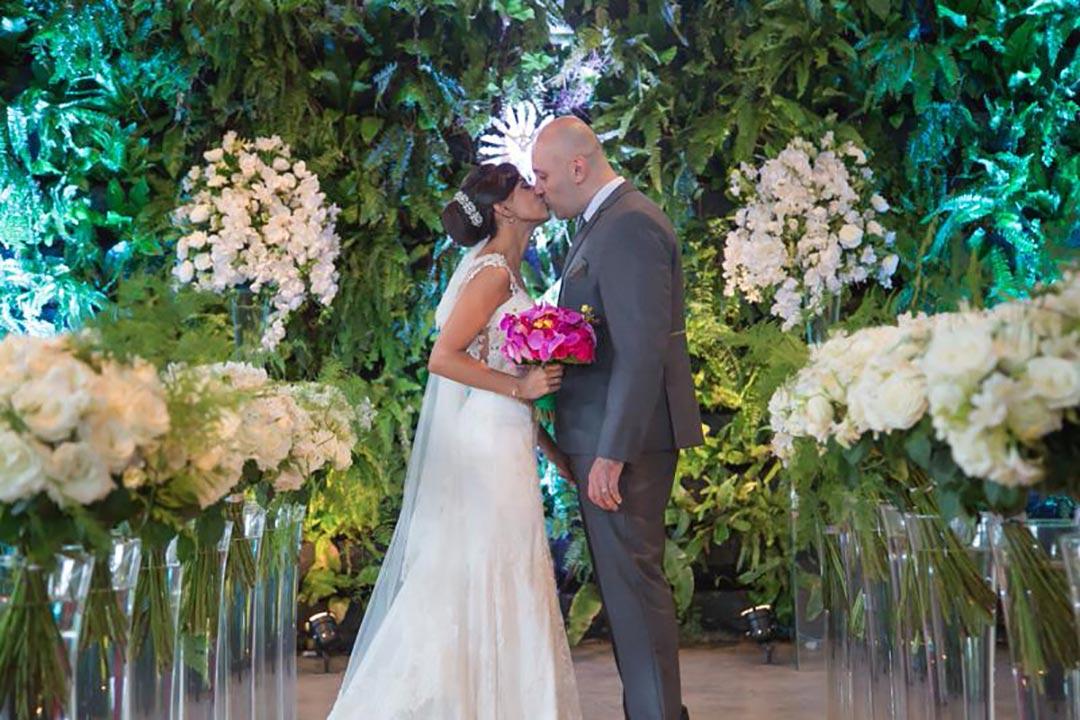 Decoração de cerimônia de casamento - Festejare Decorações e Flores