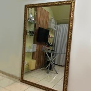 Espelho com moldura G