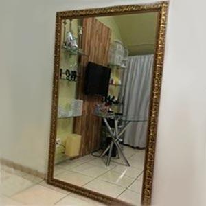 Espelho com moldura M
