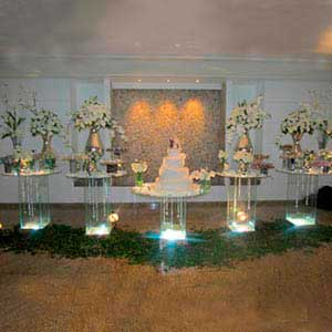 Mesa de vidro 5 tampos -locação de peças decorativas