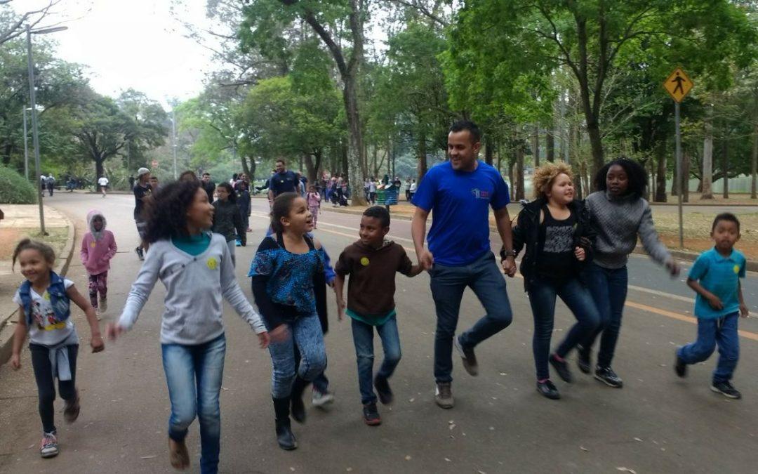 ONG Torre Forte Leva Crianças para o Planetário do Ibirapuera