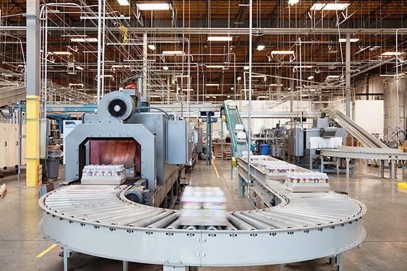 Linha de Montagem em uma Fábrica