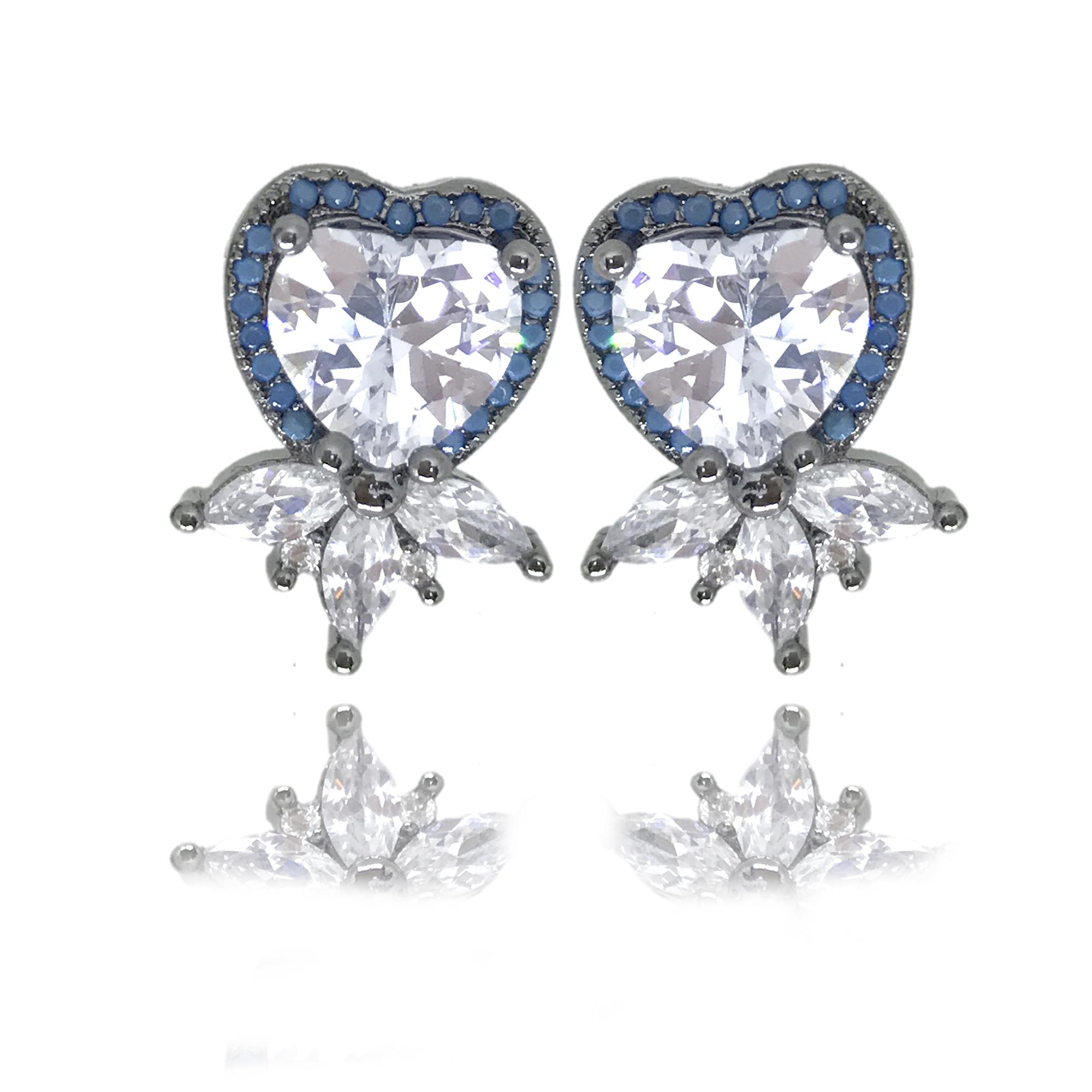 Brinco em formato de coração cravejado em zircônia azul turquesa e branca folheado no ródio negro