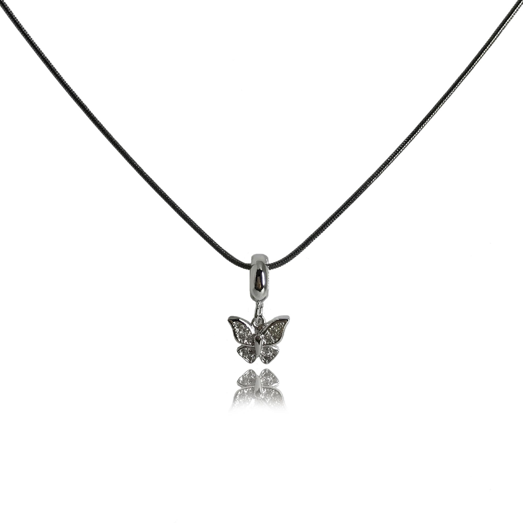 Colar com corrente folheada no ródio negro e pingente de borboleta com mini cristais folheado no ródio branco