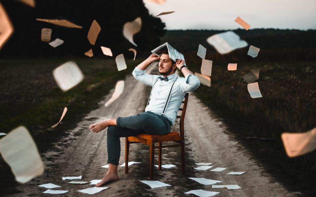 Empreendedor que perdeu tempo com papelada (Fonte Unsplash)